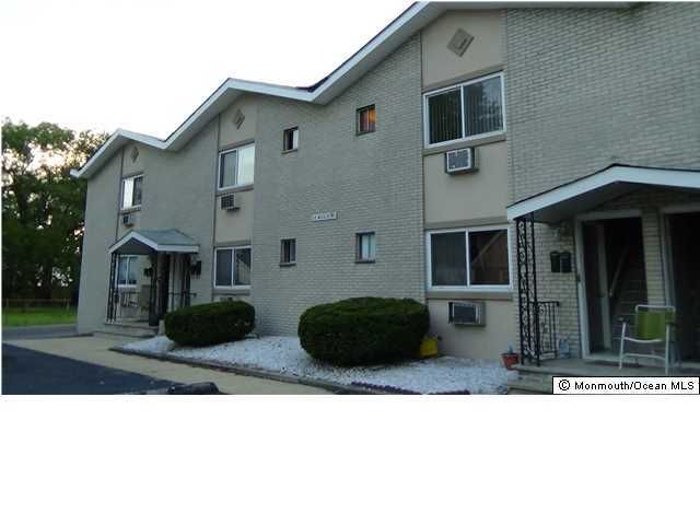 Apartment for Rent at 15 Willis Place Keansburg, New Jersey 07734 United States