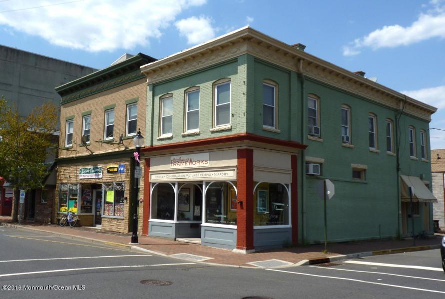 Thương mại vì Bán tại 160 Monmouth Street 160 Monmouth Street Red Bank, New Jersey 07701 Hoa Kỳ