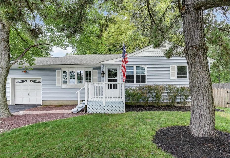 Villa per Vendita alle ore 3 Lakewood Place Port Monmouth, New Jersey 07758 Stati Uniti