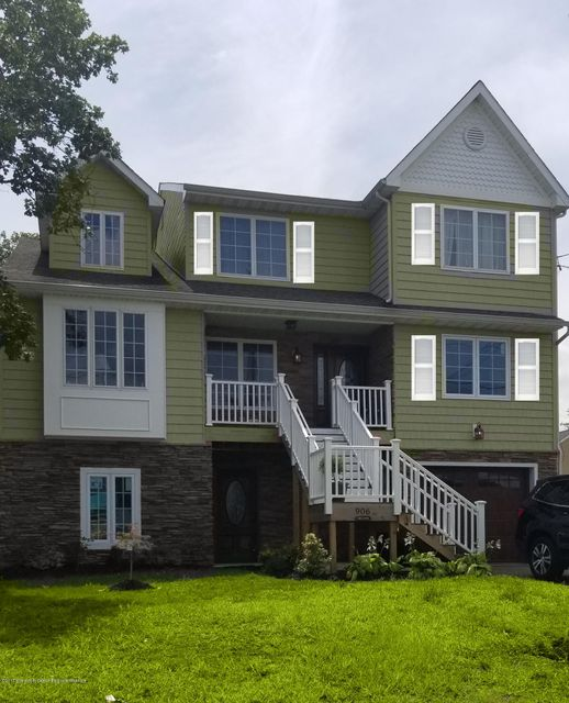 Single Family Home for Sale at 121 Poole Avenue Union Beach, New Jersey 07735 United States