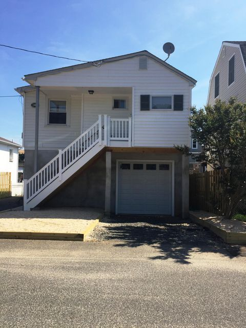 独户住宅 为 出租 在 61 Bay Avenue Highlands, 新泽西州 07732 美国