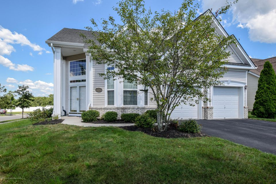 Single Family Home for Sale at 2 Mulberry Drive 2 Mulberry Drive Manahawkin, New Jersey 08050 United States