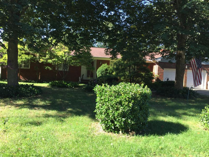 Single Family Home for Sale at 415 Huntington Avenue Pine Beach, New Jersey 08741 United States