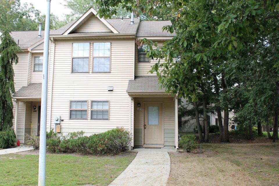 Condominium for Rent at 187 Azalea Circle Jackson, New Jersey 08527 United States