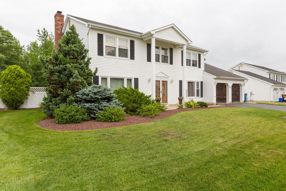 Single Family Home for Sale at 64 Higgins Road Old Bridge, New Jersey 08857 United States