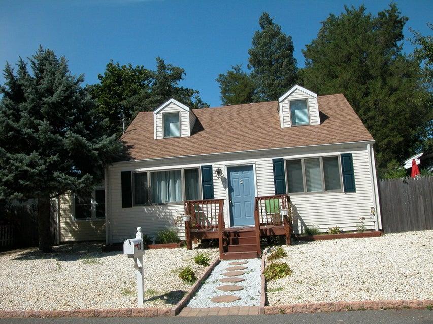 Casa Unifamiliar por un Alquiler en 20 5th Bayway Toms River, Nueva Jersey 08753 Estados Unidos