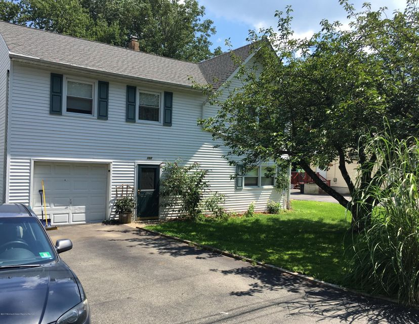 Maison unifamiliale pour l Vente à 107 Santa Fe Trail Hopatcong, New Jersey 07843 États-Unis