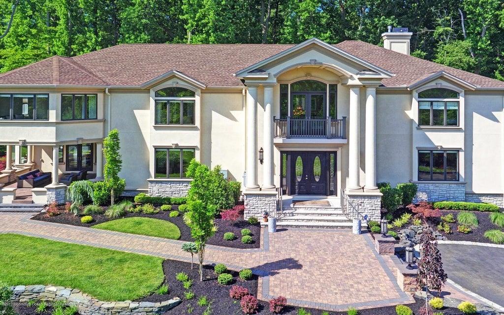Casa Unifamiliar por un Alquiler en 4 Bordens Brook Way Holmdel, Nueva Jersey 07733 Estados Unidos