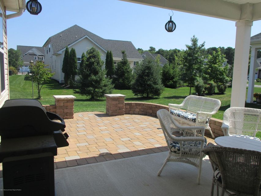 Additional photo for property listing at 25 Raphael Lane 25 Raphael Lane Farmingdale, ニュージャージー 07727 アメリカ合衆国
