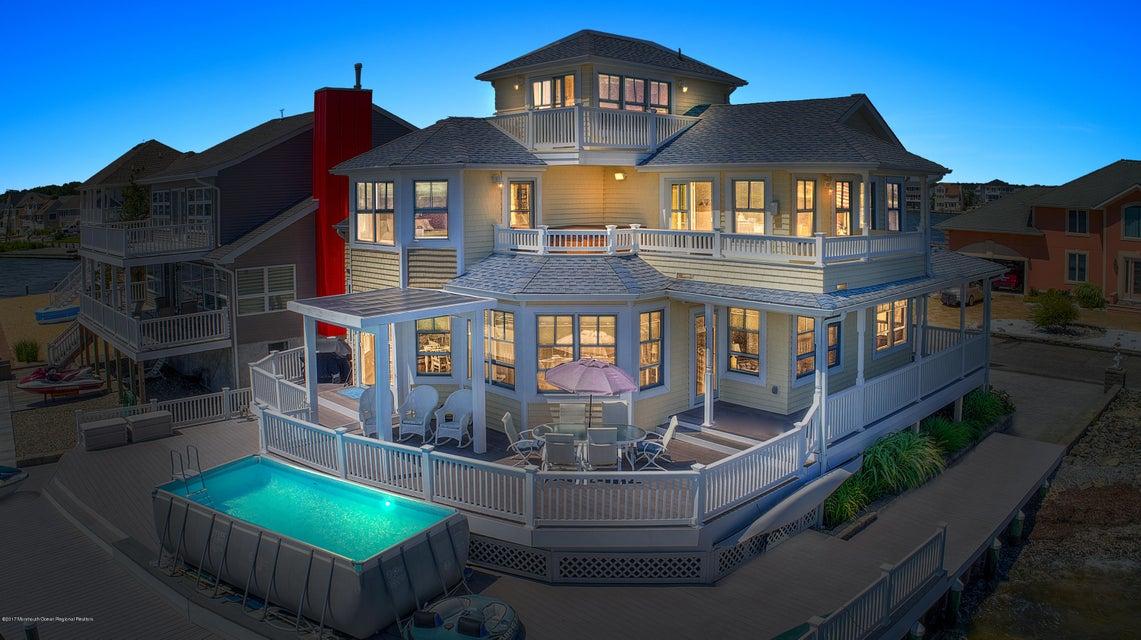 独户住宅 为 销售 在 284 Sandlewood Drive 贝维尔, 新泽西州 08721 美国