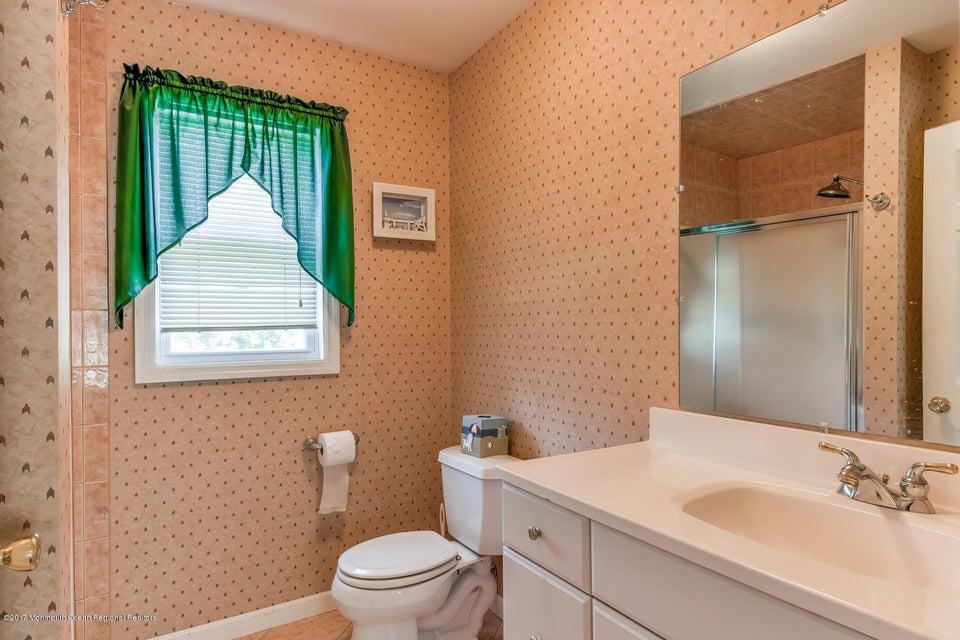 Suite Full Bath