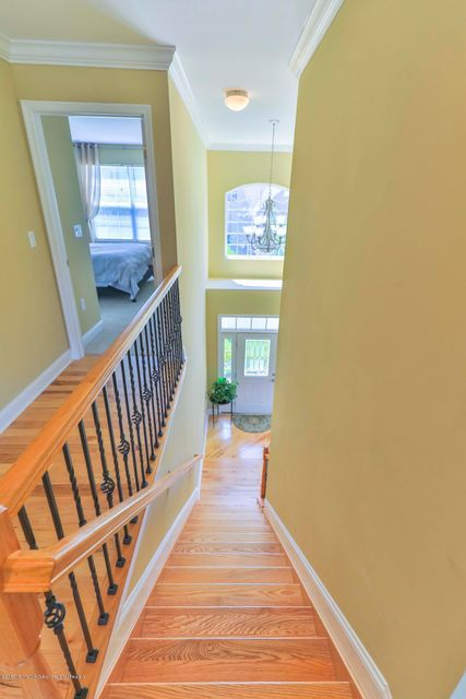 Additional photo for property listing at 4 Feakes Drive  Atlantic Highlands, 新澤西州 07716 美國