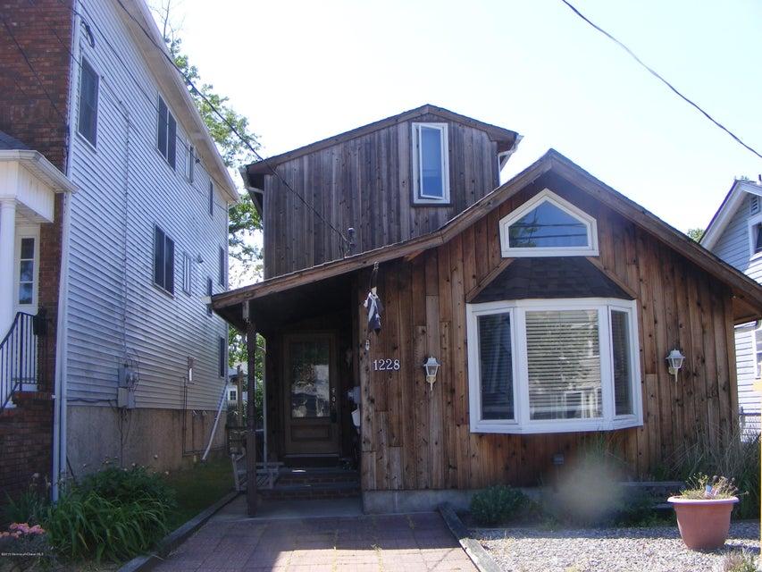 独户住宅 为 出租 在 1228 Briarwood Road 贝尔玛, 新泽西州 07719 美国