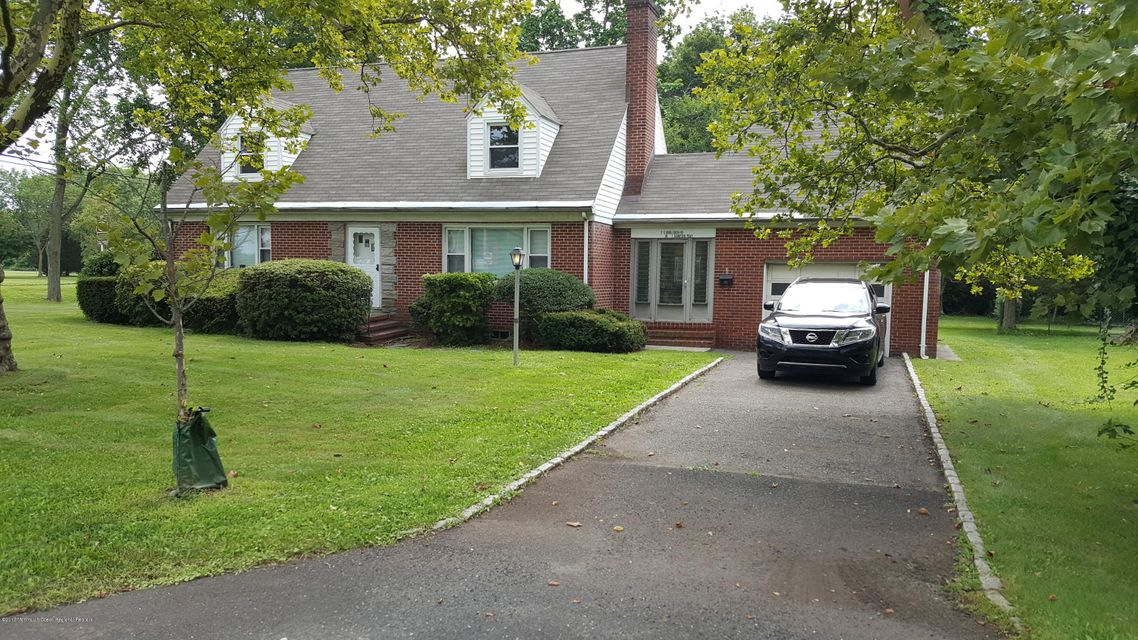 Single Family Home for Sale at 2 Middlebush Road Franklin, New Jersey 08873 United States