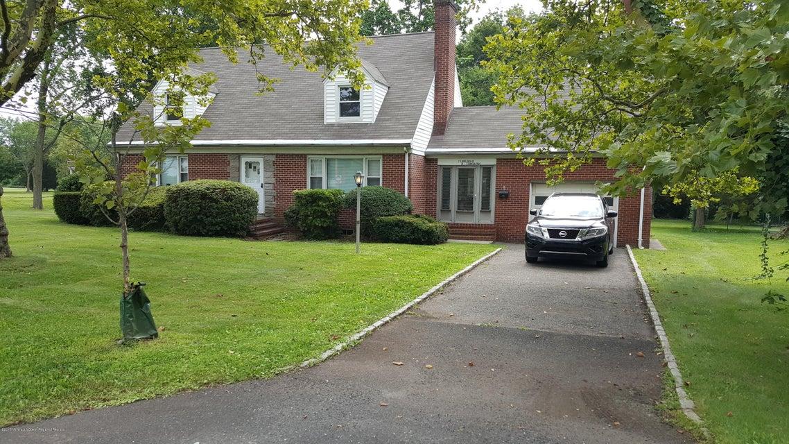 Einfamilienhaus für Verkauf beim 2 Middlebush Road Franklin, New Jersey 08873 Vereinigte Staaten