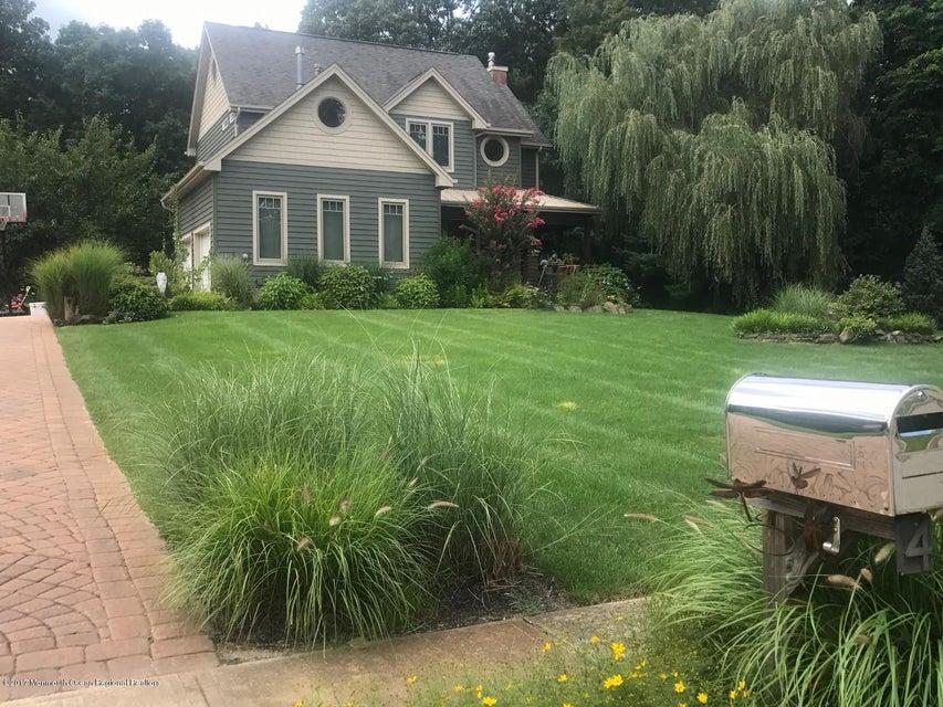 Maison unifamiliale pour l Vente à 4 Country Woods Drive New Egypt, New Jersey 08533 États-Unis
