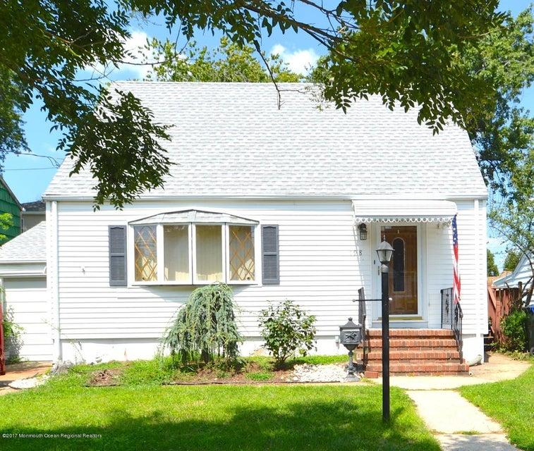Casa Unifamiliar por un Venta en 198 Grove Avenue 198 Grove Avenue Woodbridge, Nueva Jersey 07095 Estados Unidos