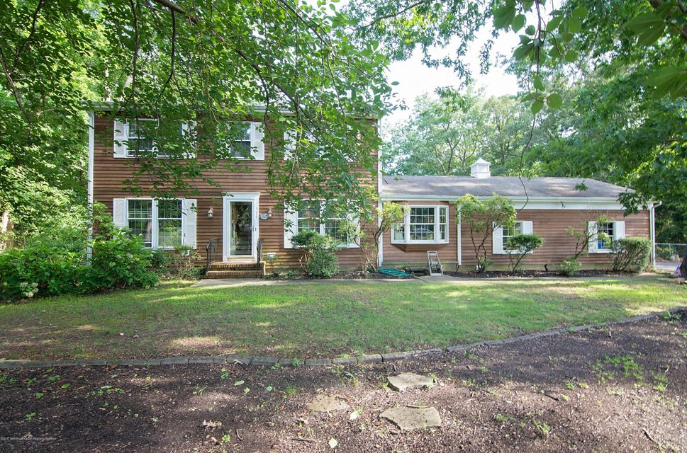 Additional photo for property listing at 528 Woodview Road  Toms River, New Jersey 08755 Stati Uniti