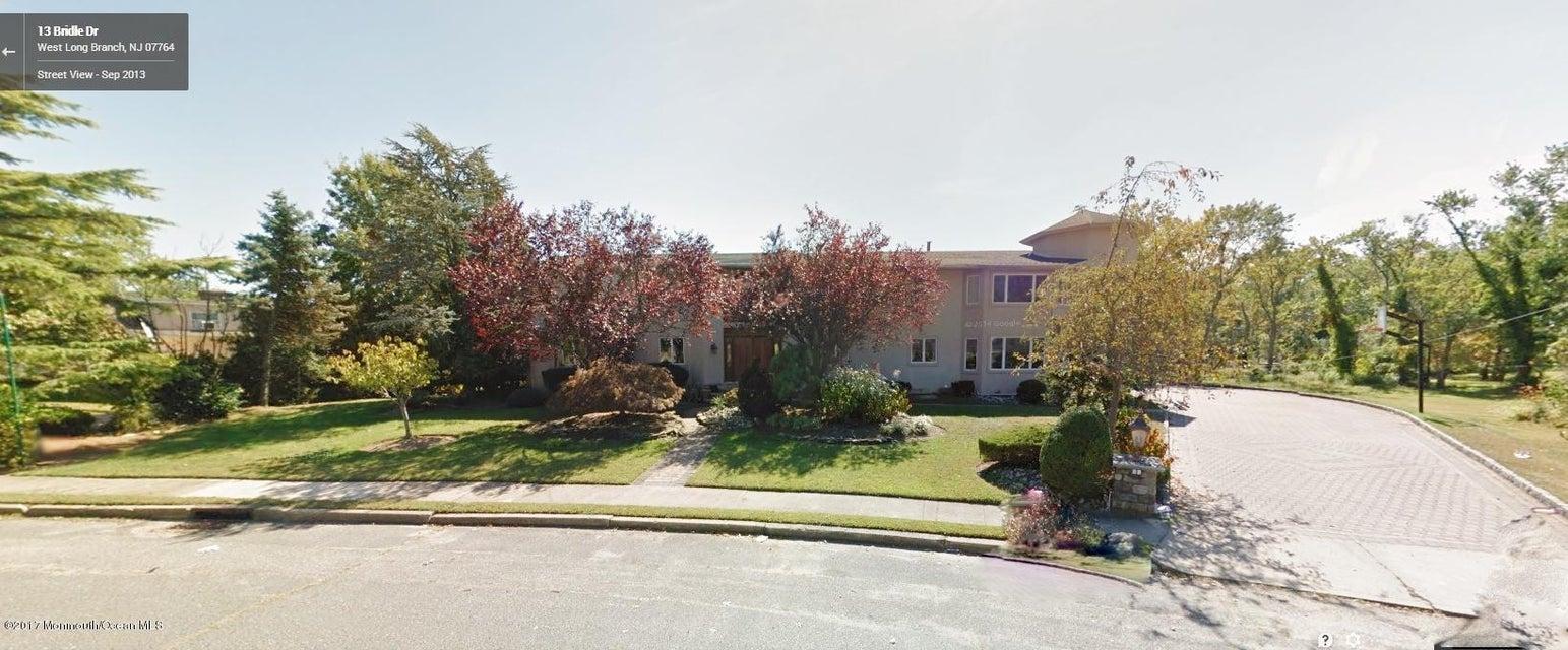 独户住宅 为 销售 在 13 Bridle Drive 朗布兰奇, 新泽西州 07764 美国