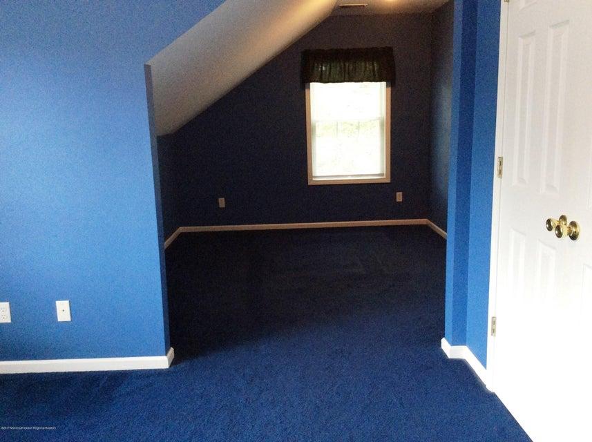 Bedroom 3 - Sitting Area