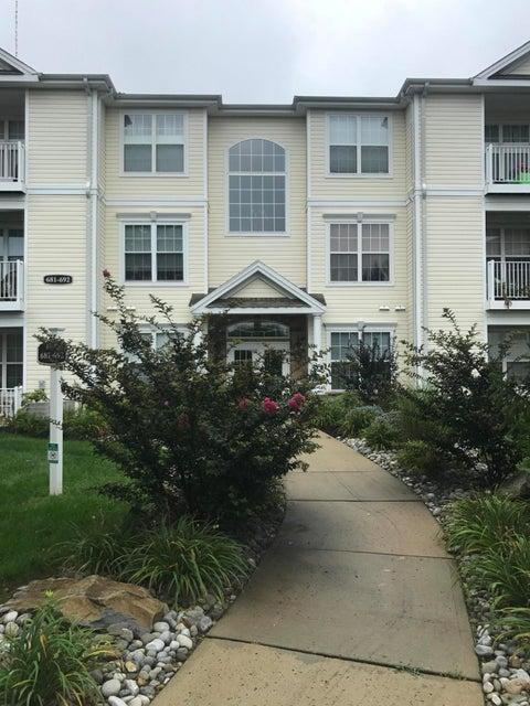 共管式独立产权公寓 为 出租 在 683 St Andrews Place 纳拉潘市, 新泽西州 07726 美国