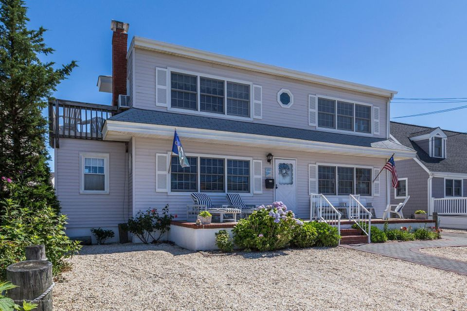 Additional photo for property listing at 319 5th Street 319 5th Street Beach Haven, Nova Jersey 08008 Estados Unidos