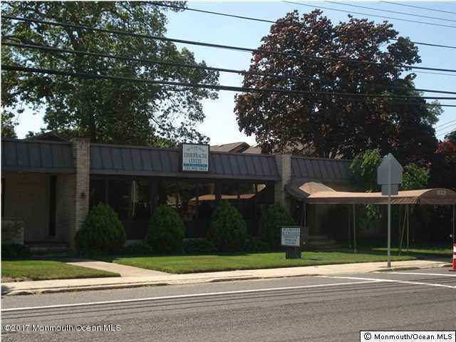 Commercial pour l Vente à 832 Beaver Dam Road 832 Beaver Dam Road Point Pleasant, New Jersey 08742 États-Unis