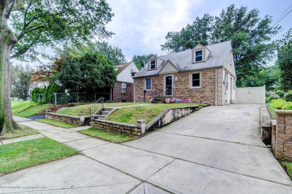 独户住宅 为 销售 在 1832 Paterson Street 1832 Paterson Street 拉维, 新泽西州 07065 美国
