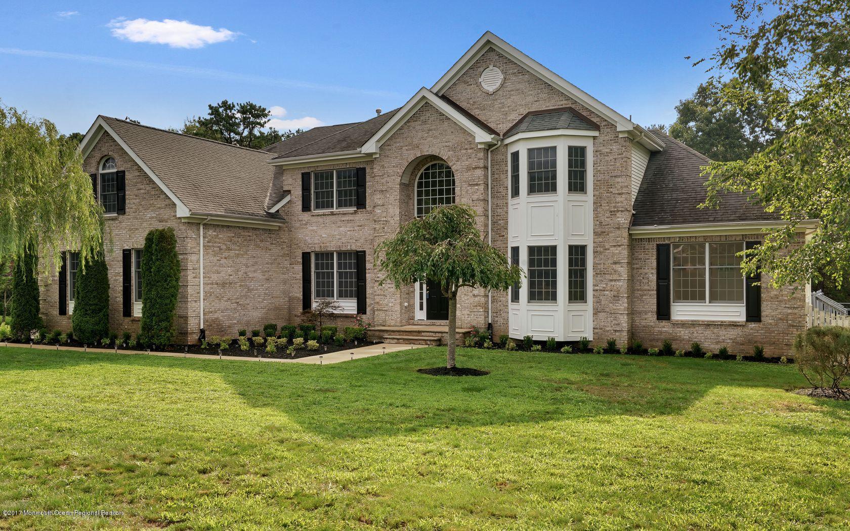 Casa para uma família para Venda às 179 Kristine Avenue 179 Kristine Avenue Manahawkin, Nova Jersey 08050 Estados Unidos