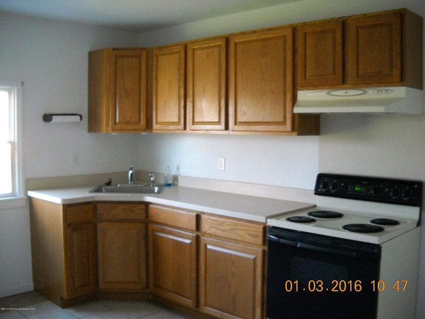 Apartment for Rent at 516 Wrightstown Sykesville Road Wrightstown, New Jersey 08562 United States
