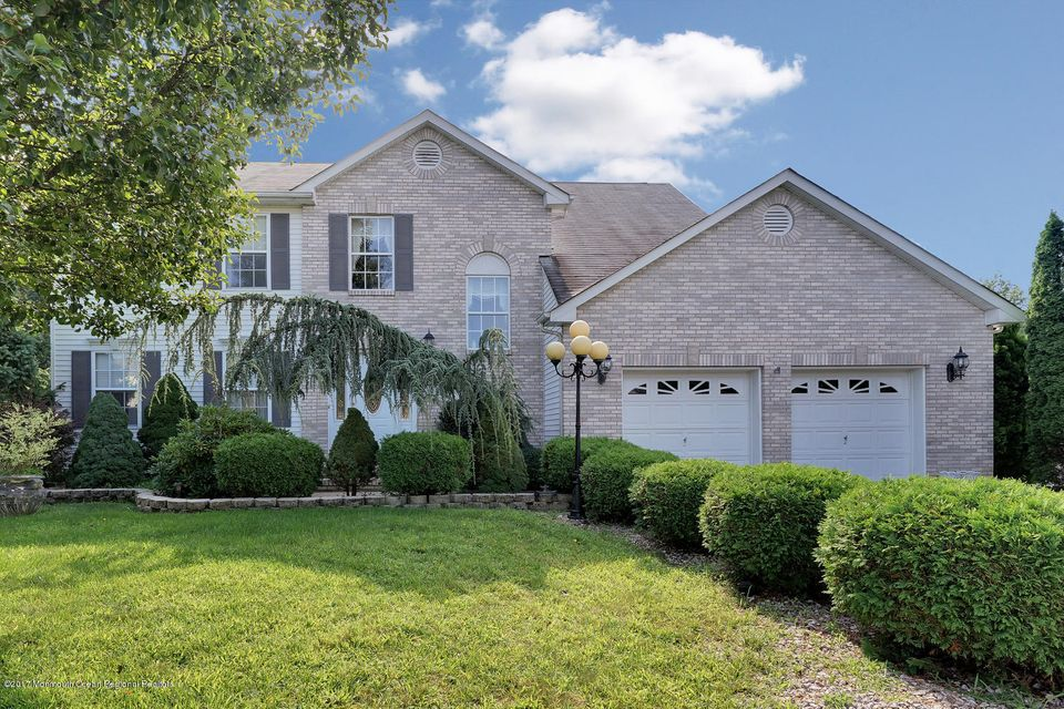24 Mount Ranier Dr Howell NJ-large-002-3