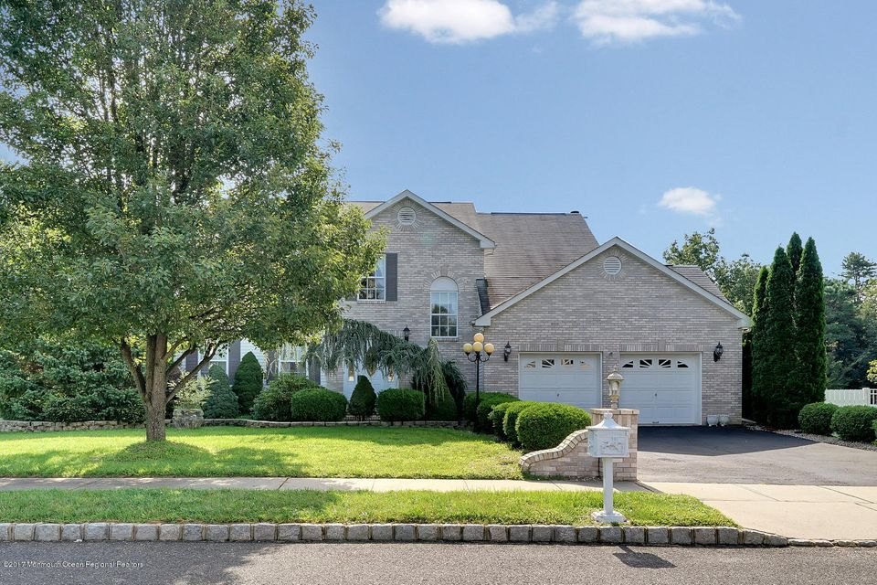 24 Mount Ranier Dr Howell NJ-large-006-1