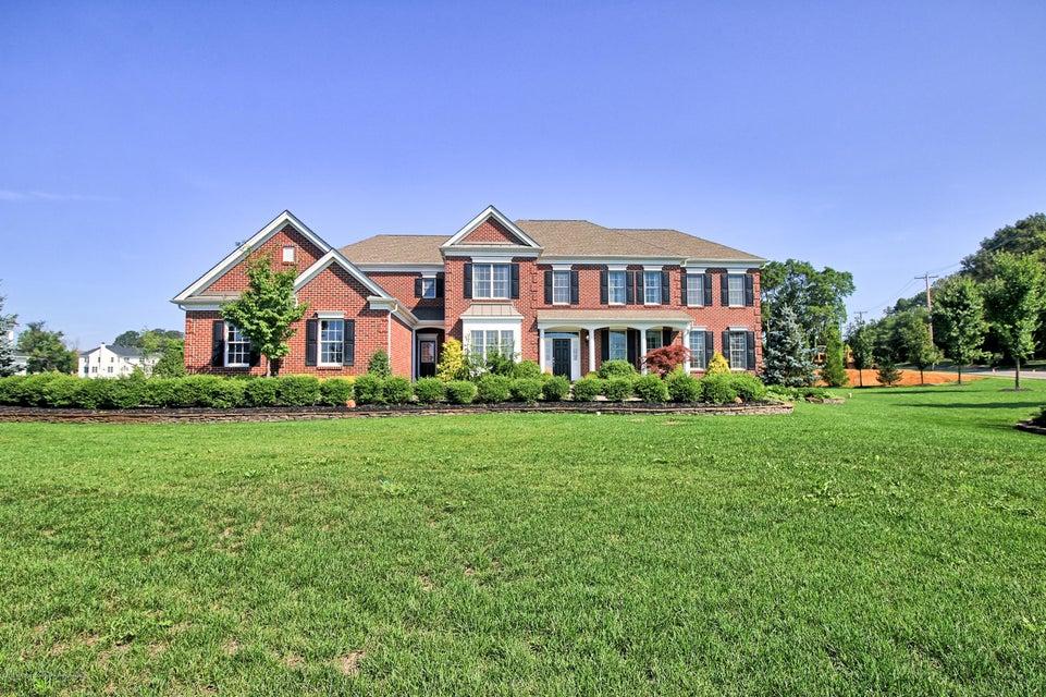 Casa Unifamiliar por un Venta en 1 Potomac Court Freehold, Nueva Jersey 07728 Estados Unidos