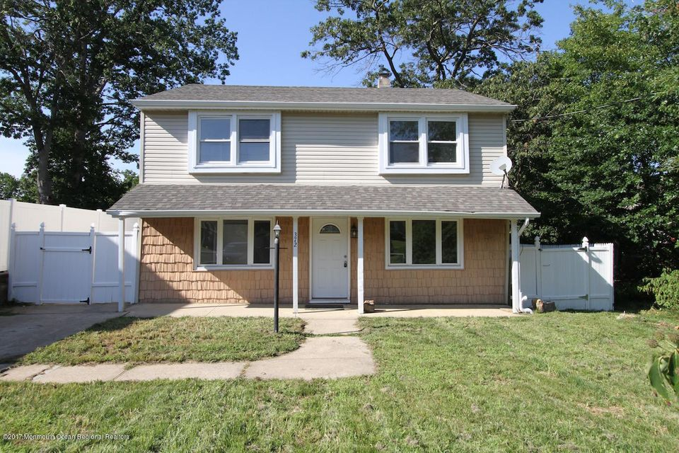 Single Family Home for Sale at 372 Miller Avenue Laurence Harbor, New Jersey 08879 United States