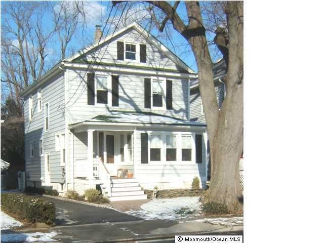 Single Family Home for Rent at 11 Elm Place Red Bank, New Jersey 07701 United States