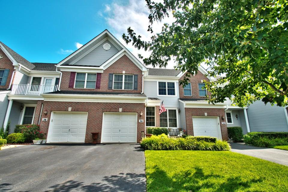 共管式独立产权公寓 为 出租 在 34 Demarest Drive 纳拉潘市, 新泽西州 07726 美国