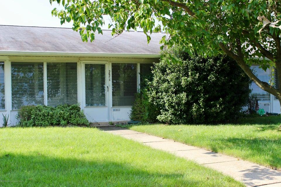 Casa Unifamiliar por un Alquiler en 362c Chesterfield Court Lakewood, Nueva Jersey 08701 Estados Unidos