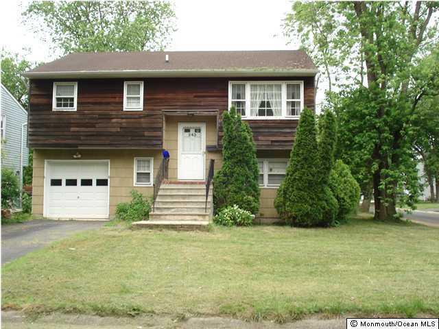 Maison unifamiliale pour l à louer à 243 Forest Avenue North Middletown, New Jersey 07748 États-Unis