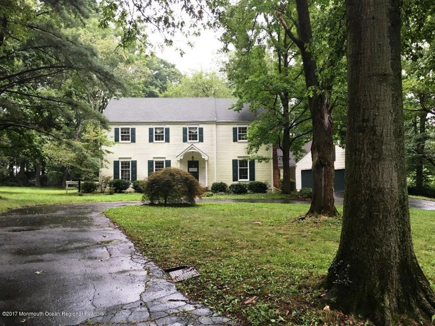Single Family Home for Sale at 8 Shadowstone Lane Lawrence, New Jersey 08648 United States
