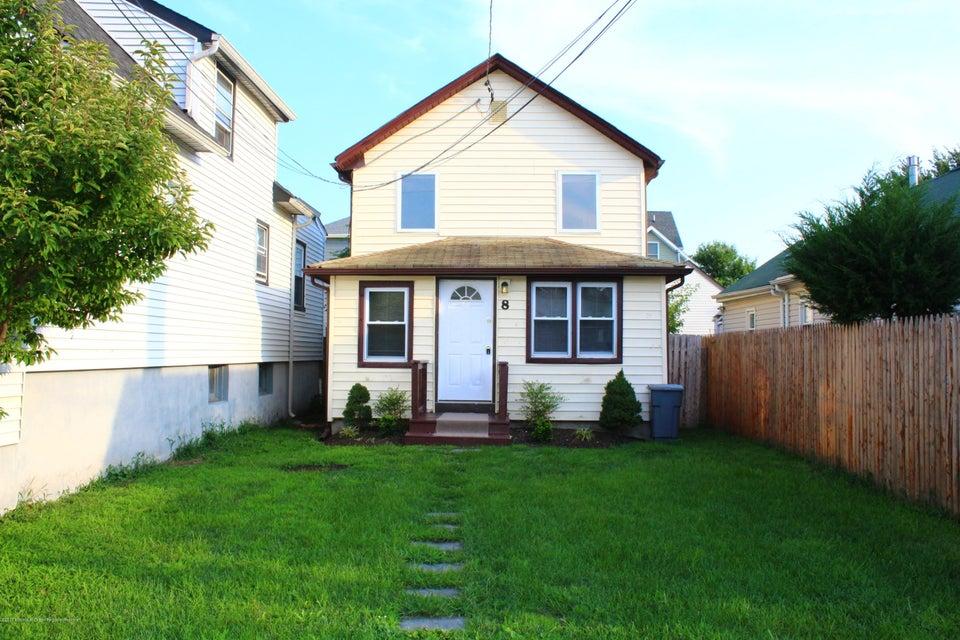 Casa Unifamiliar por un Alquiler en 8 Jahn Street Keansburg, Nueva Jersey 07734 Estados Unidos