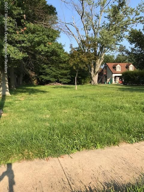 Land for Sale at 565 Main Street 565 Main Street Hightstown, New Jersey 08520 United States