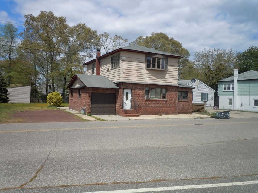 Single Family Home for Rent at 441 Cape May Avenue 441 Cape May Avenue Ocean Gate, New Jersey 08740 United States