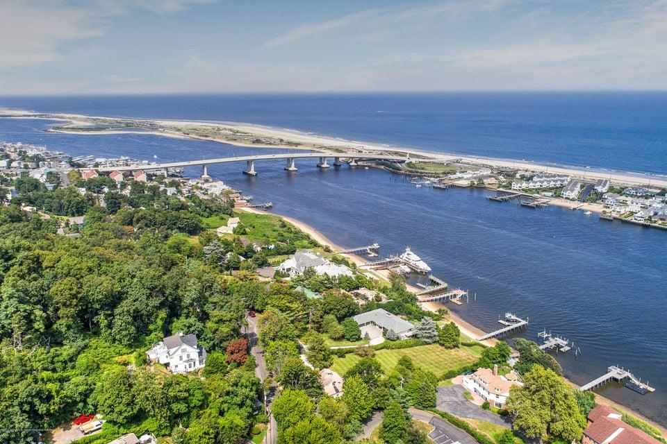 Частный односемейный дом для того Продажа на 150 Portland Road Highlands, Нью-Джерси 07732 Соединенные Штаты