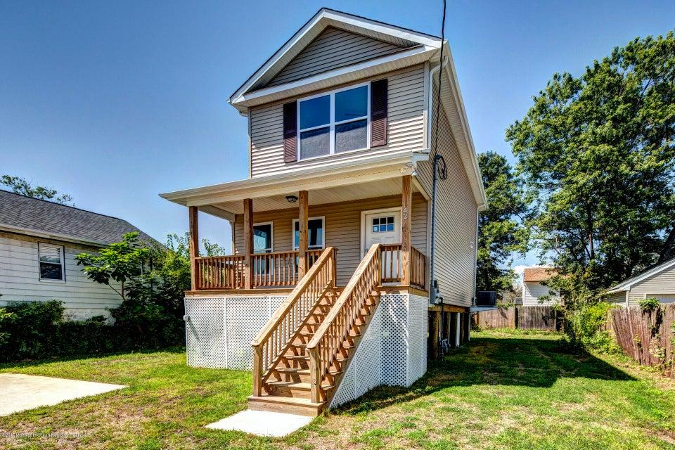 独户住宅 为 销售 在 42 Brainard Avenue Port Monmouth, 新泽西州 07758 美国