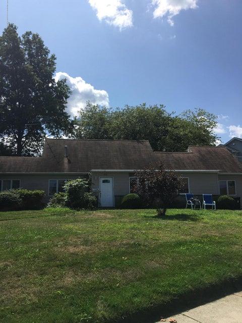 Casa Unifamiliar por un Alquiler en 848 Hoey Avenue 848 Hoey Avenue Elberon, Nueva Jersey 07740 Estados Unidos