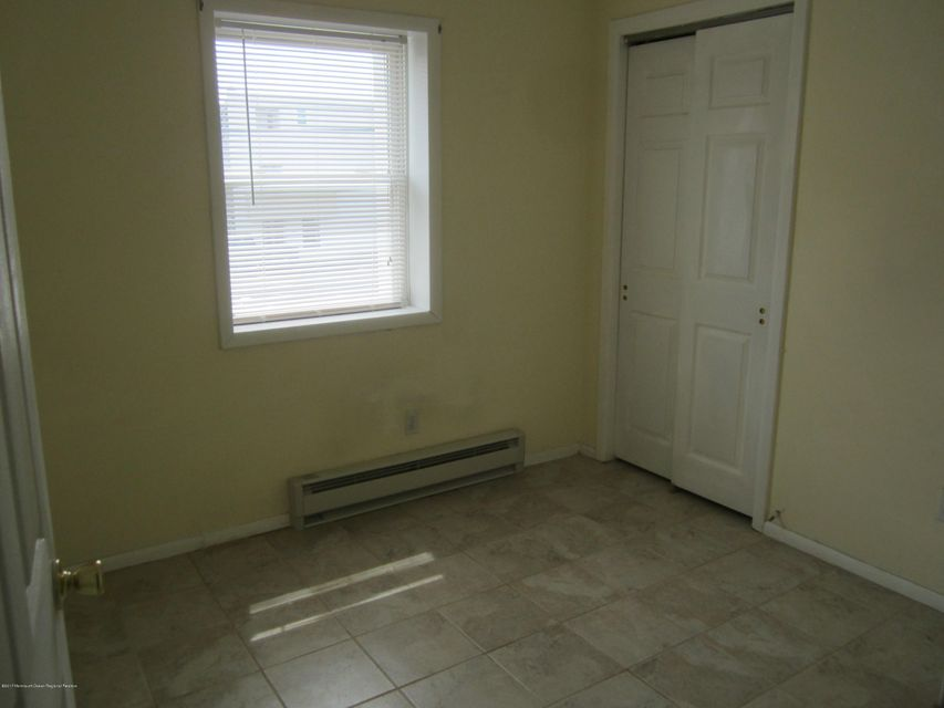 Additional photo for property listing at 28 Fremont Avenue 28 Fremont Avenue Seaside Heights, New Jersey 08751 Hoa Kỳ