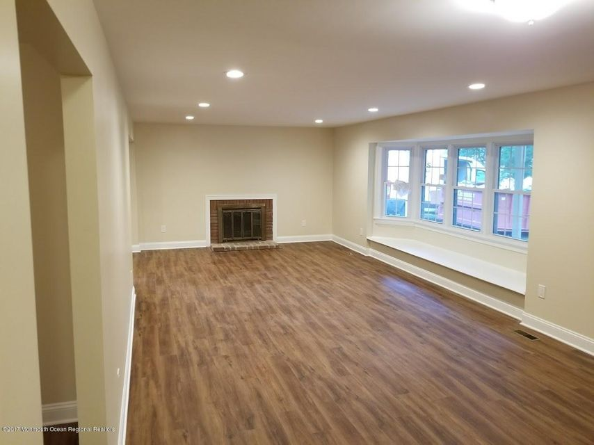Single Family Home for Sale at 43 Livingston Lane Englishtown, New Jersey 07726 United States