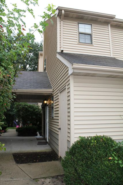 Condominium for Rent at 1007 Violet Lane Jackson, New Jersey 08527 United States