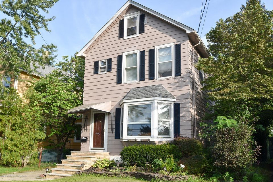 Casa Unifamiliar por un Venta en 256 Washington Avenue 256 Washington Avenue Milltown, Nueva Jersey 08850 Estados Unidos