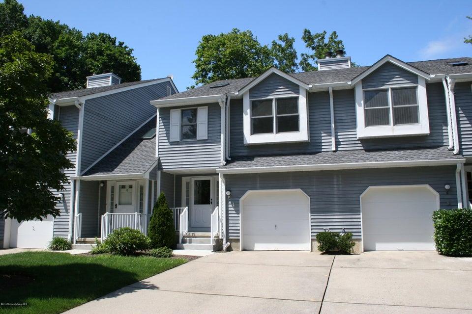 共管式独立产权公寓 为 出租 在 8 Essex Drive 小银镇, 新泽西州 07739 美国
